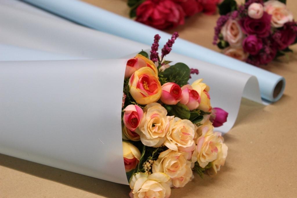 Калька для упаковки цветов в рулоне Голубая пудра непрозрачная 0,7×10 м