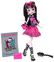 Дракулора Фото дня (Monster High Picture Day Draculaura)