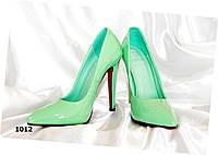 Женские туфли лодочка,светлая мята,глянец