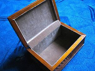 Скринька з дерева в різьбі, фото 2