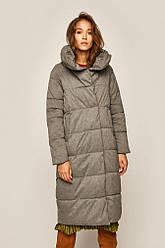 Зимняя женская куртка размер S