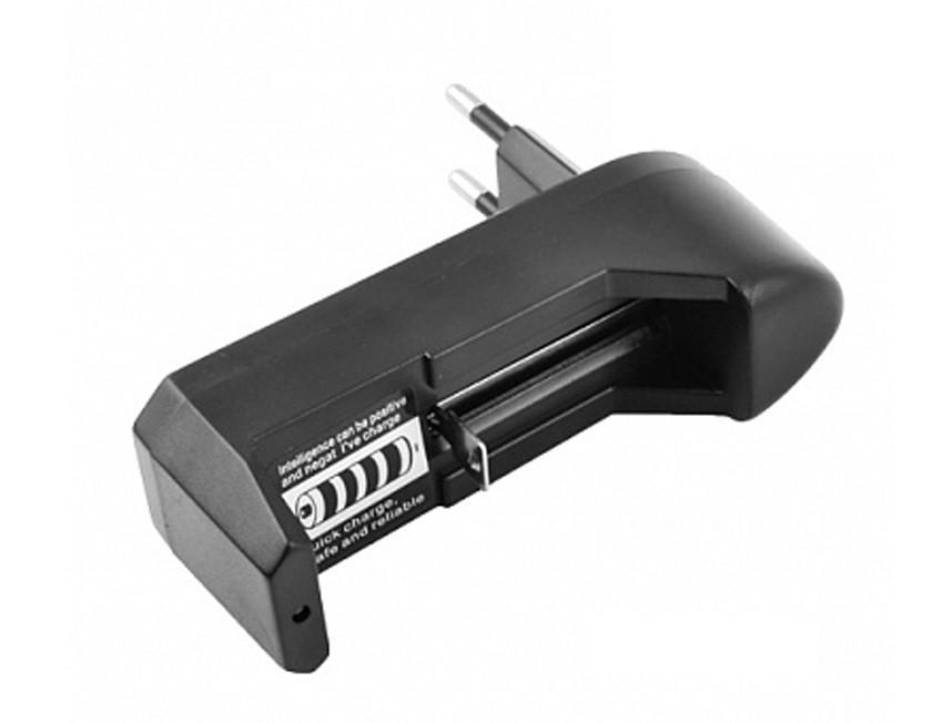 Зарядное устройство для литиевых аккумуляторных батарей 18650 LED CHARGER на одну батарею