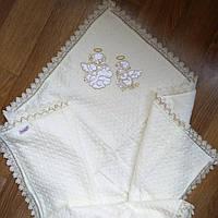 Утеплённая мехом крыжма для крещения новорожденных.