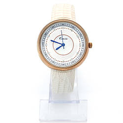 Часы KIMIO на белом лаковом ремешке, длина 17-21,5см, циферблат 39мм