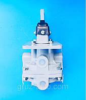Головний гальмівний кран (ГТК) КАМАЗ 5320/ Полтава/100-3514008