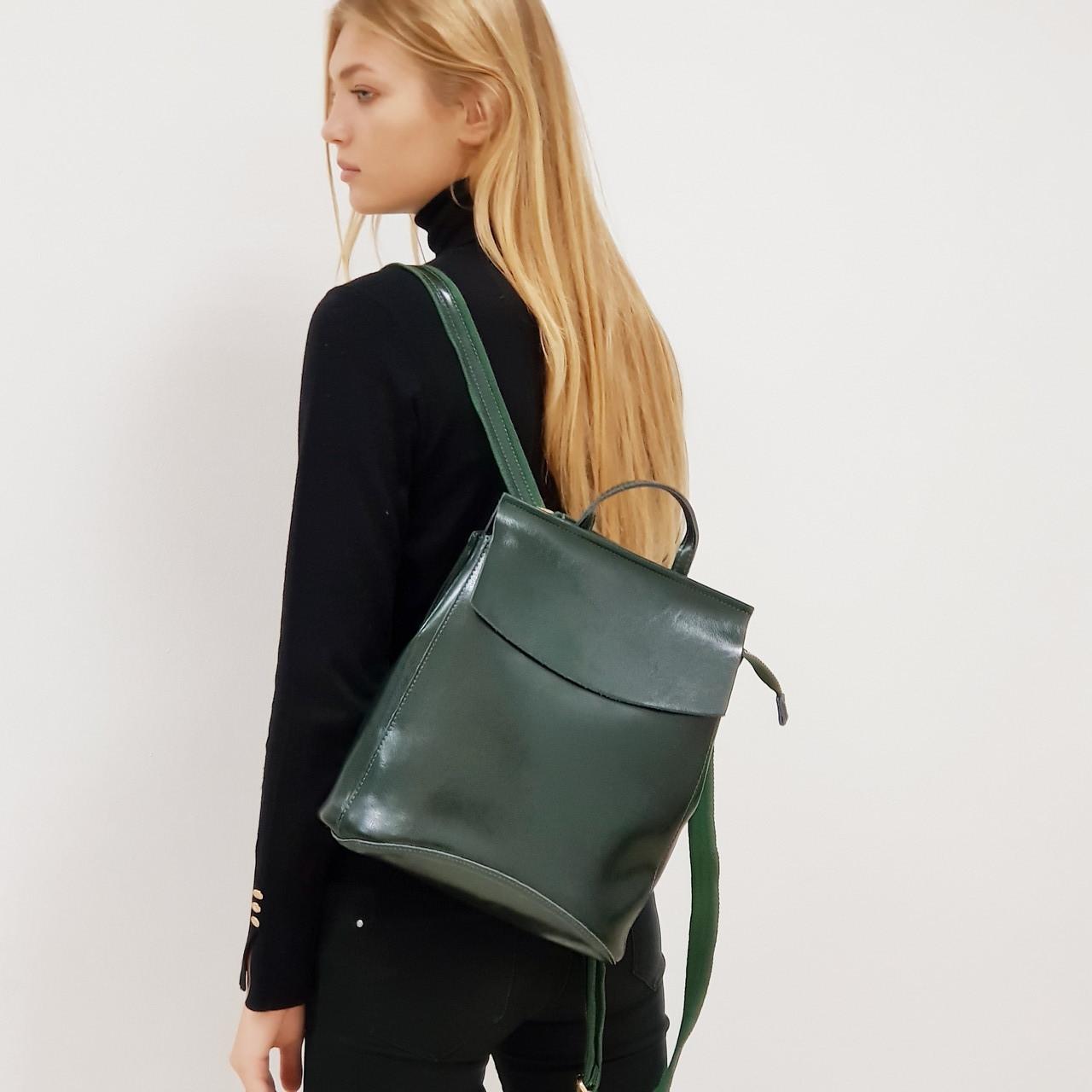 Рюкзак  женский из натуральной кожи городской  зеленый