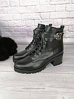 Ботинки женские кожаные на каблуке 4 см черные на шнуровке со змейкой от производителя на байке 39-26,2см