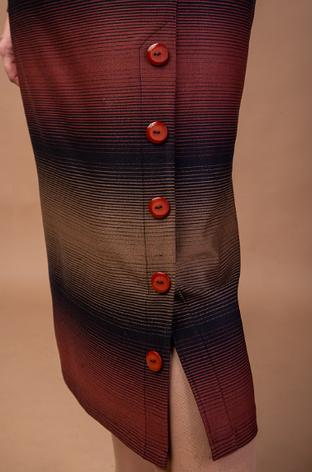 Шерстяное женское платье в батальном размере, фото 2