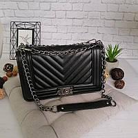 Женская сумка стеганная черная в стиле Шанель