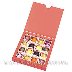 Шоколадные конфеты ручной роботы *Новогодние украшения,красная коробка*