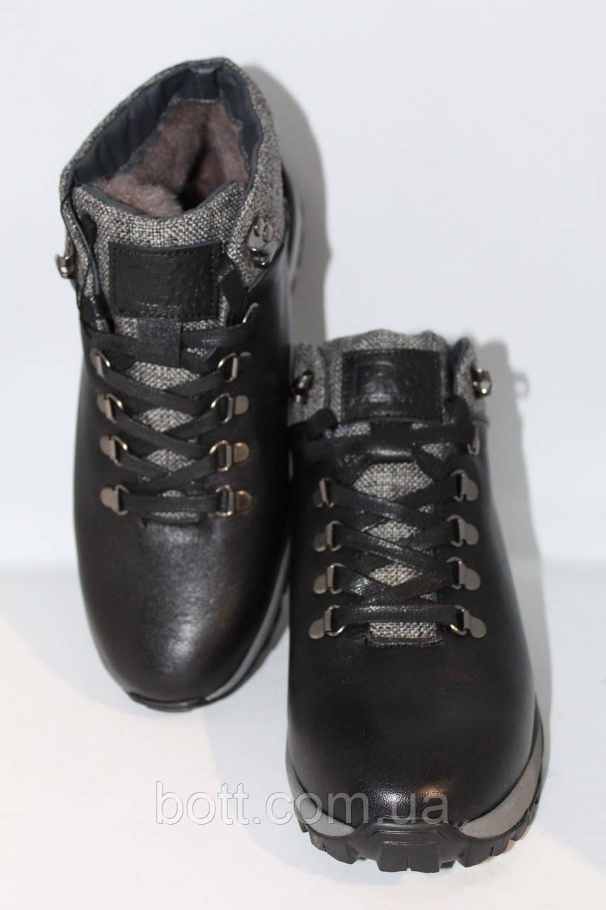 Кожаные черные зимние ботинки
