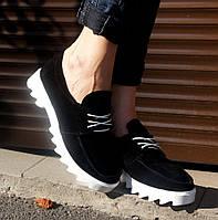 Туфли из натуральной замши на шнуровке