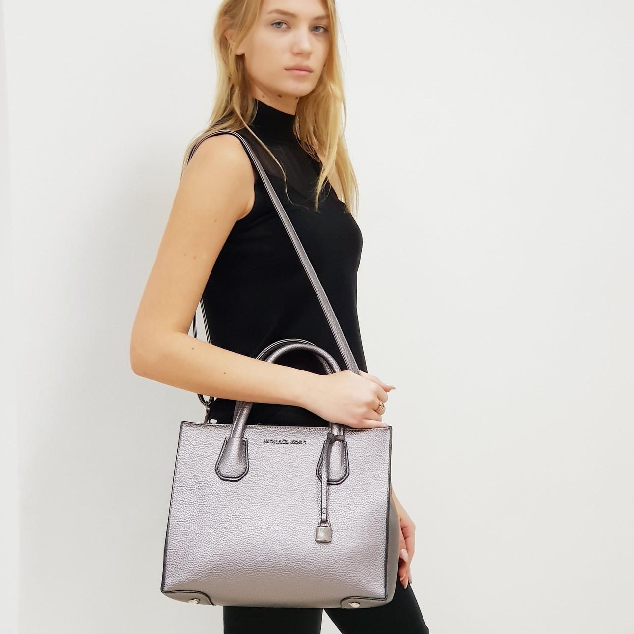 Женская средняя сумка темное  серебристая MK большая повседневная
