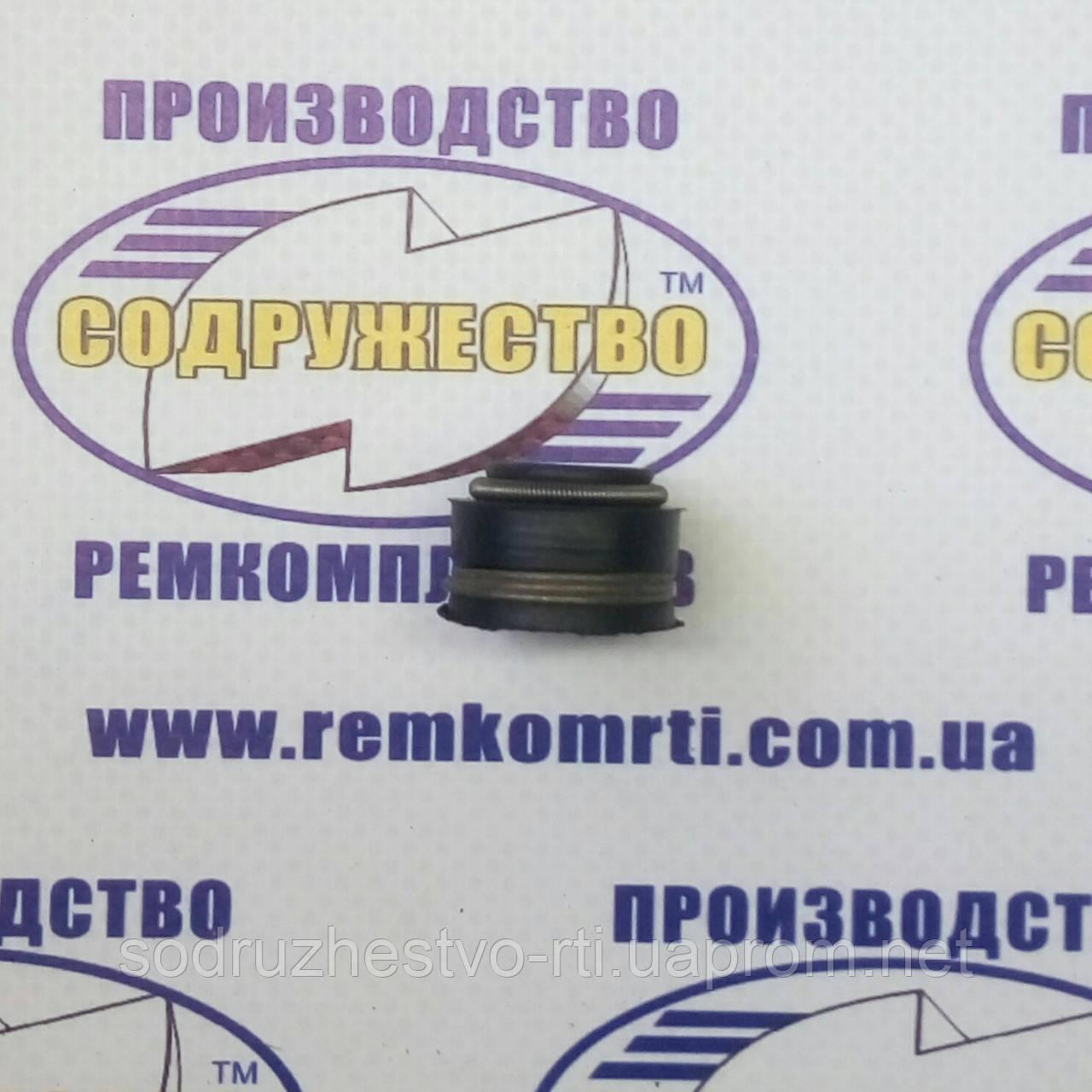 Манжета резиновая уплотнительная клапана (колпачок маслоотражательный) 240-1007020 (ЯМЗ, УТН, ЛСТН)