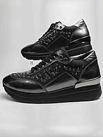 Кросівки жіночі шкіряні чорні зі стразами. Кроссовки женские кожаные чёрные со стразами.