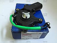 Мотор стеклоподъемника правый на Daewoo Lanos 1.4 1.5 1.6 Nubira 1.6 1.8 2.0 Пр-во AT.