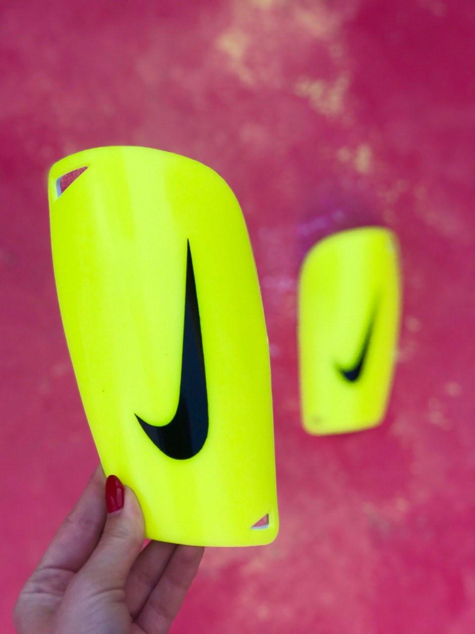Щитки для футбола Nike Mercurial салатовые 1097