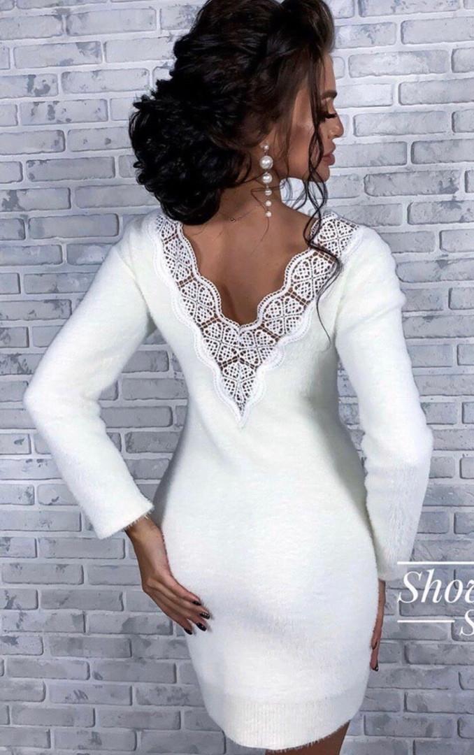 Платье ангора с гипюровыми вставками на спине
