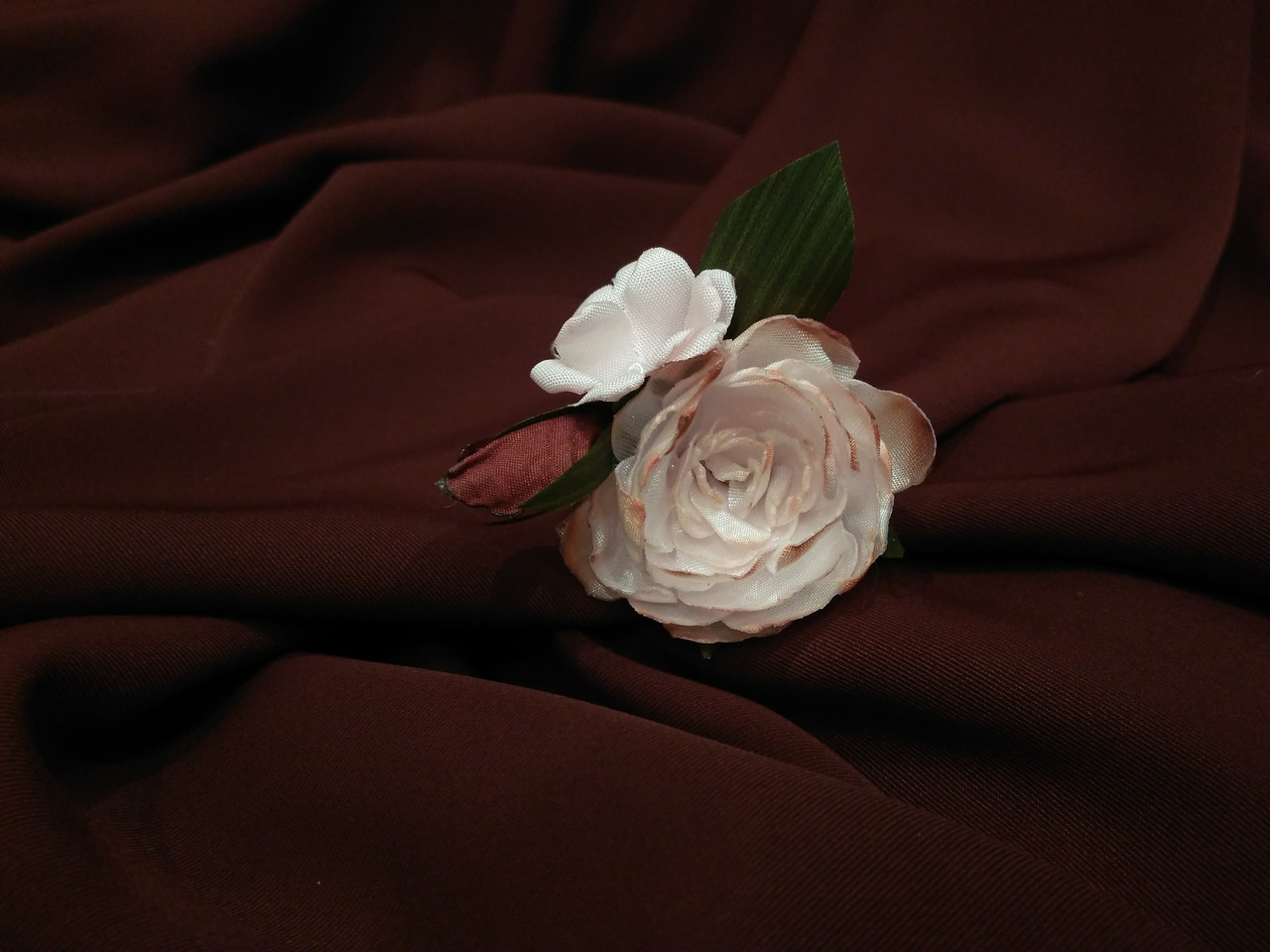 Шпилька для волос с цветами розовая с эффектом омбре