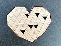 Подарочная коробка из дерева в виде сердца 207х166х80мм