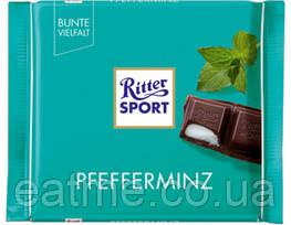 Ritter Sport Чёрный шоколад с мятной начинкой