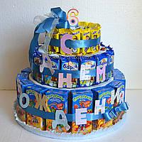 """Детский торт из конфет """"С Днем рождения"""""""