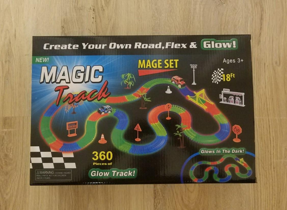 Светящийся гоночный трек Magic Track.Светящаяся дорога Мэджик трэк 360 деталей.
