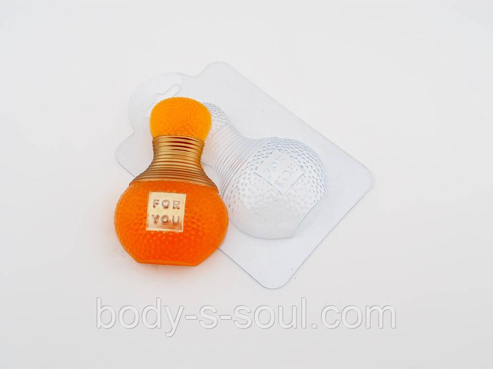 Пластиковая формочка для мыла Парфюм