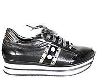 Женские натуральные кожаные демисезонные чёрные кроссовки с декором и шнурками на платформе 4-7 см Турция