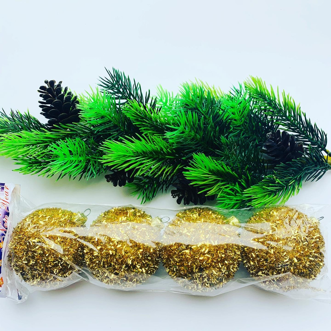 Елочные шары.Шары на елку золотые( 4 шт)
