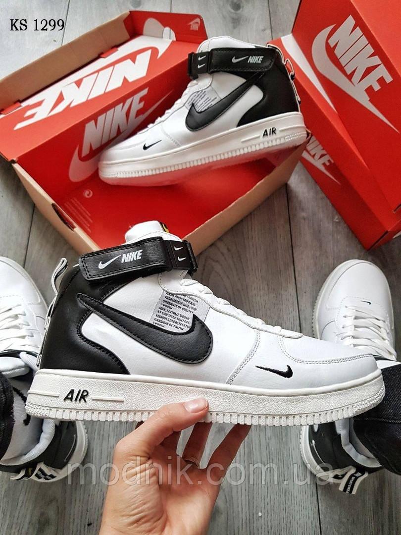 Мужские кроссовки Nike Air Force 1 07 Mid LV8 (белые/черные) ЗИМА