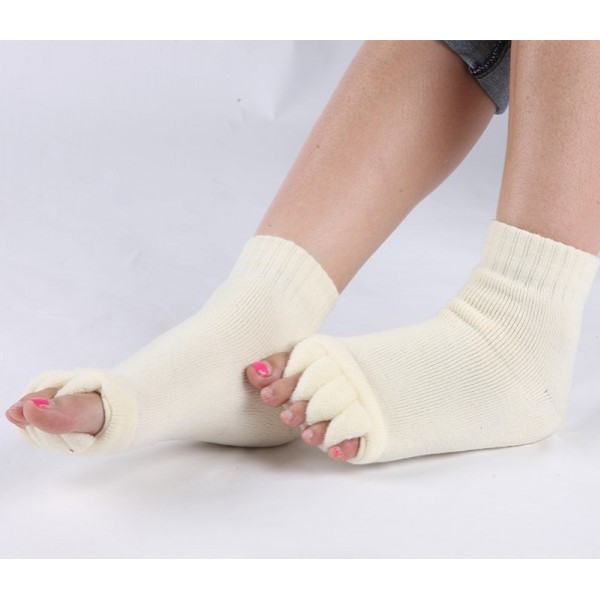 Теплые носки-растопырки для педикюра