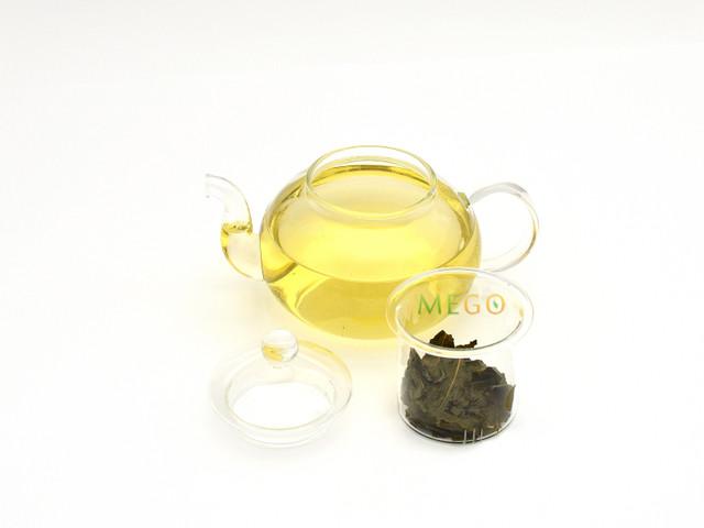 Скляний чайник
