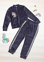 Красивый велюровый костюм на змейке для девочки р. 110-128 темно-синий