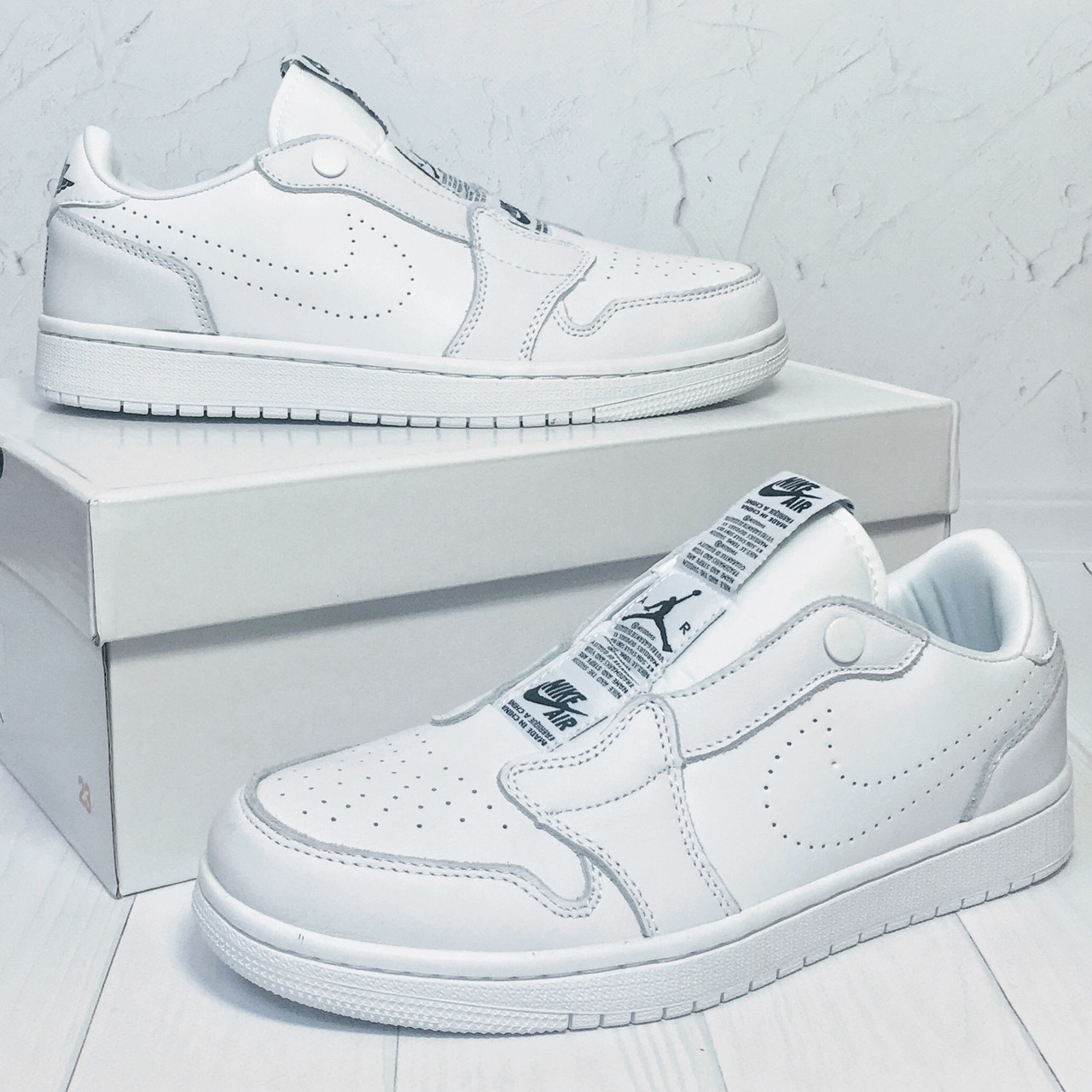 Кроссовки мужские Nike Air Jordan 1 Retro Low Slip белые (Top replic)