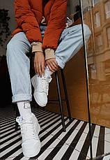 Теплые кроссовки женские Nike Air Jordan 1 Retro (МЕХ) белые (Top replic), фото 2