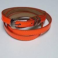 Ремень узкий женский лаковый ярко-оранжевый