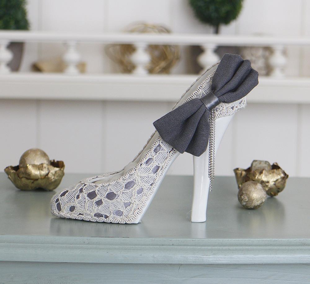 Подставка туфелька с бантом
