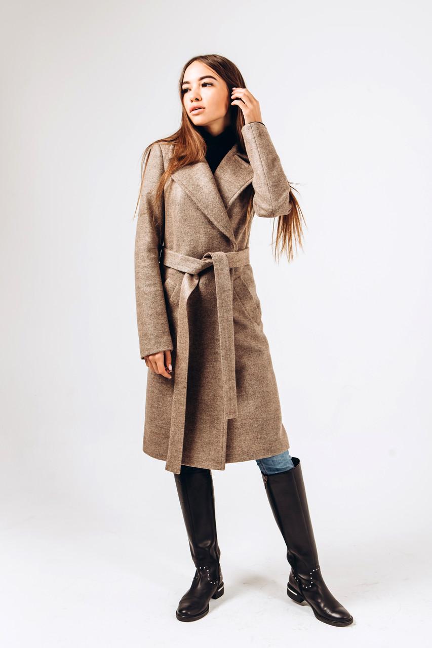 Демисезонное  пальто из бежевой шерстиД 378