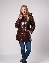 Молодежная зимняя куртка с капюшоном и карманами