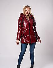Модная зимняя куртка очень теплая из лакованной ткани