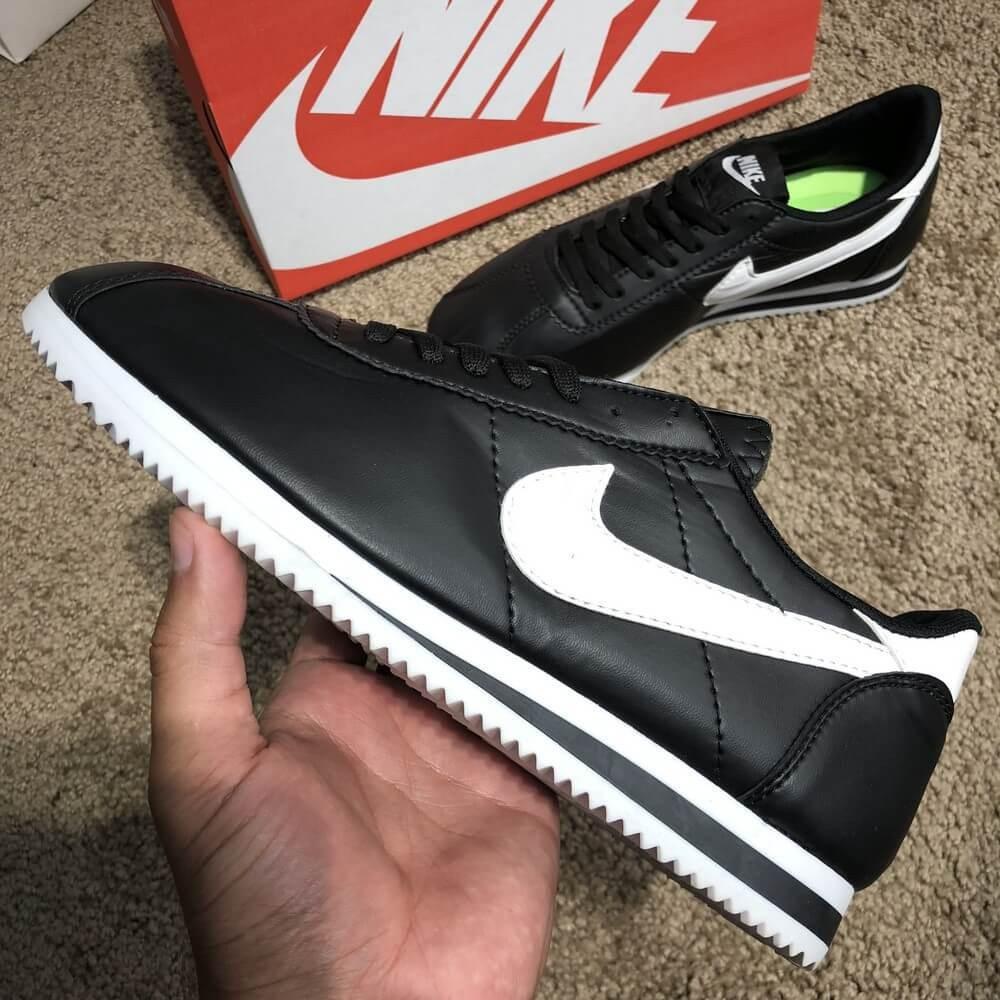 Nike Wmns Classic Cortez Black/White О Му