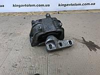Подушка двигателя Skoda Octavia A5 1K0 199 262 NC