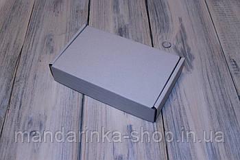 Коробка картонна 185 х 110 х 37 мм, самозбірна (біла)