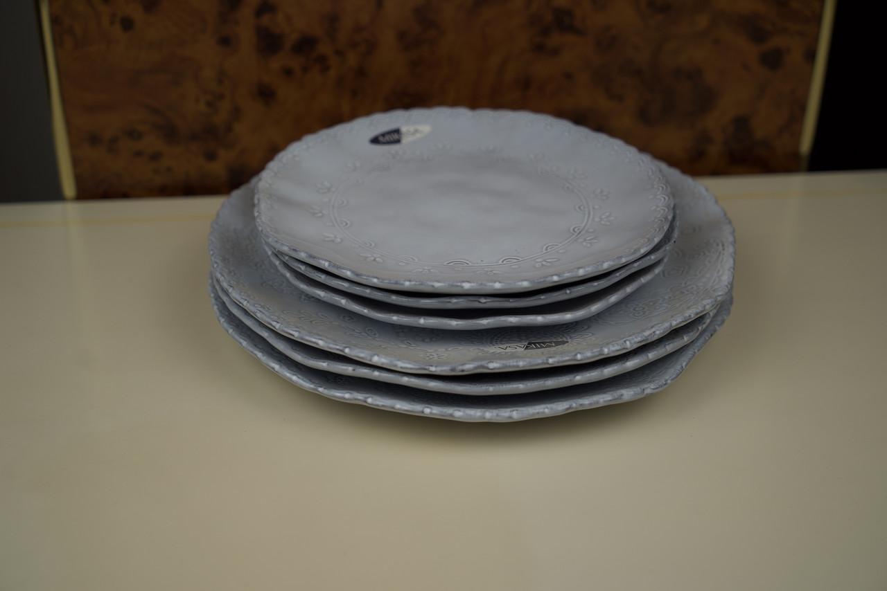 Тарелка голубая керамическая в наборе Mikasa
