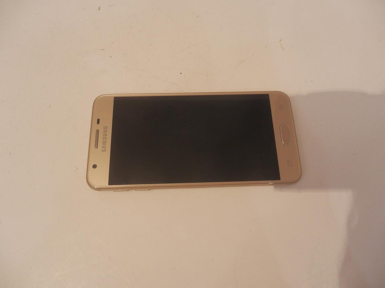Samsung работает над «раскладушкой» Galaxy Folder 2 | Блог Comfy | 960x1280