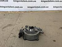Вакуумный насос Skoda Octavia A5 03L 145 207