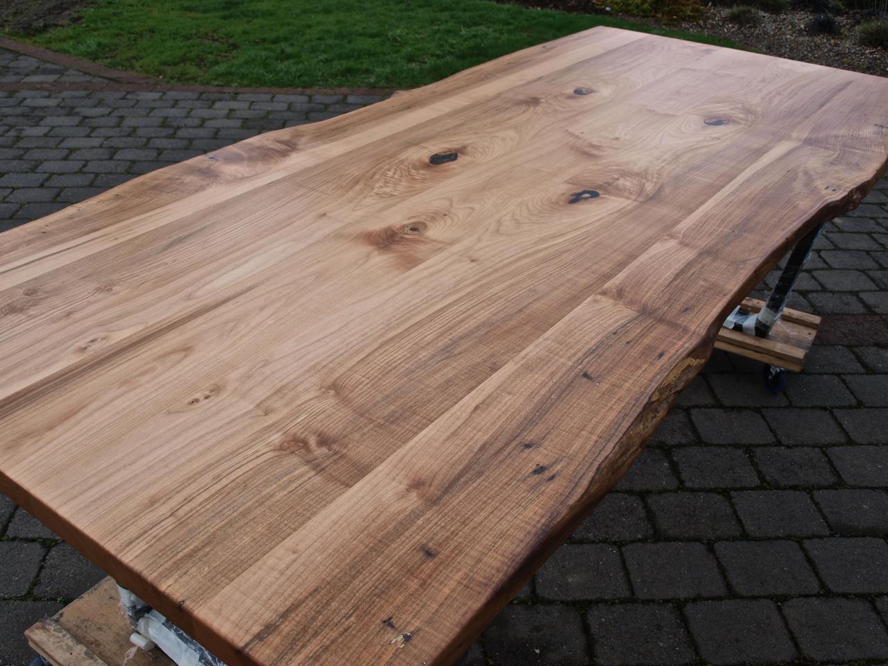 Деревянная столешница для стола Лофт живой край массив дерева