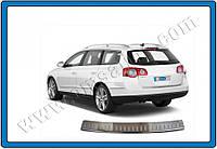 Volkswagen Passat B6 2006-2012 гг. Накладка на задний бампер (только на SW)