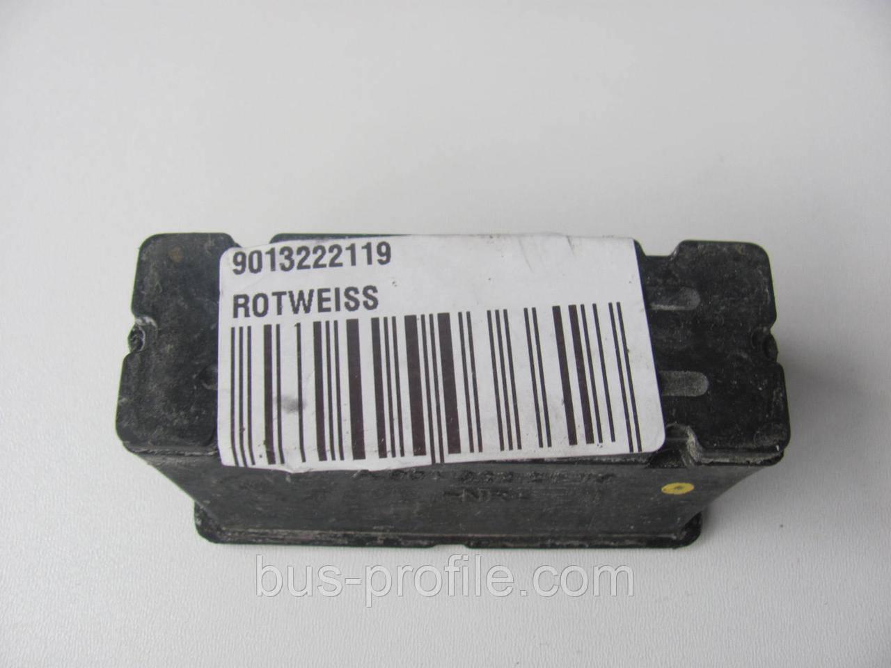Подушка пер. рессоры (пластик) Sprinter 96- нижняя L — ROTWEISS — 901 3222119.
